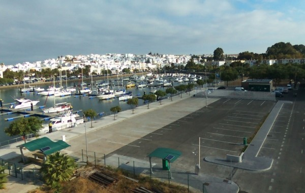 Ayamonte abre las puertas del nuevo área para autocaravanas que construye la Junta